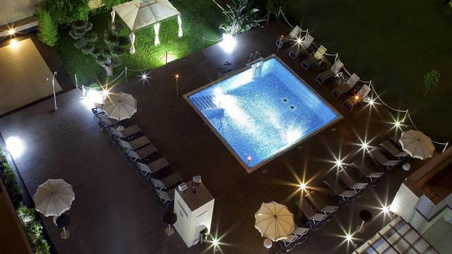 Zwembad Hotel en Spa Villa Olimpic@ Suites