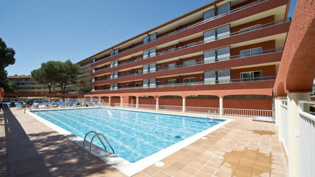 Zwembad-1 Appartementen Salles Beach