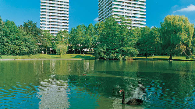 Exterieur zomer Maritim Hotel Gelsenkirchen
