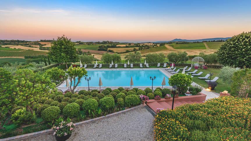 Zwembad Hotel Borgo Tre Rose