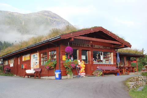 Last minute autovakantie Westelijk Fjordengebied 🚗️Strynsvatn Camping
