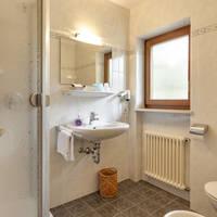 Voorbeeld badkamer standaard kamer