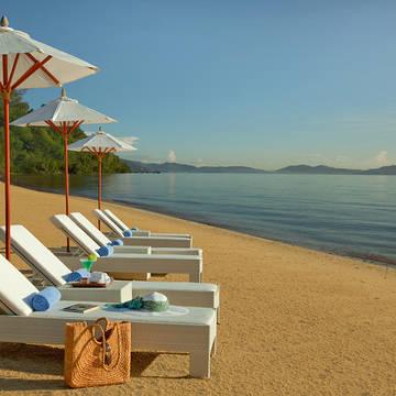 Strand Gaya Island Resort