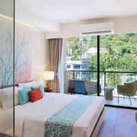 Bandara Phuket Beach Resort - Voorbeeld Deluxe Kamer met Balkon
