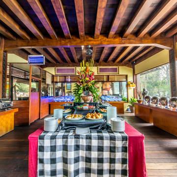 Restaurant Grand Istana Rama Kuta