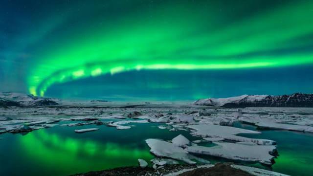 Supervoordelig naar Reykjavik