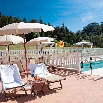 Ligstoelen Country Hotel Borgo Sant'Ippolito