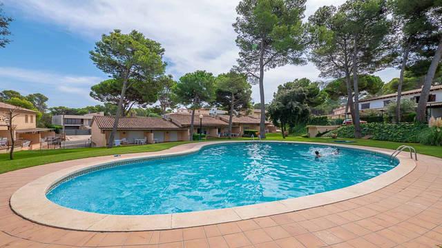 Zwembad Golf Beach Villa's