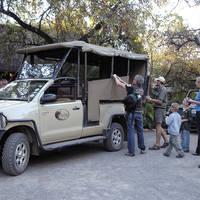 Sefapane safari voertuig