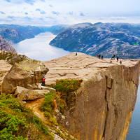 13 daagse autorondreis Langs de kust en door de fjorden