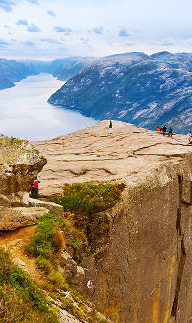 13-daagse autorondreis Langs de kust en door de fjorden