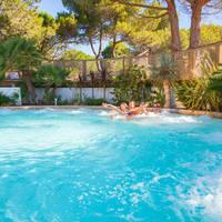 Voorbeeld zwembad