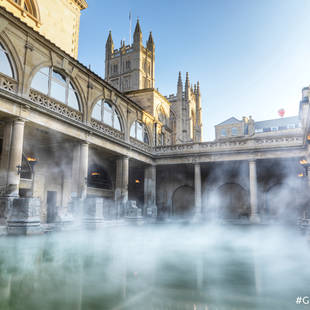 Roman Baths met Bath Abbey op de achtergrond