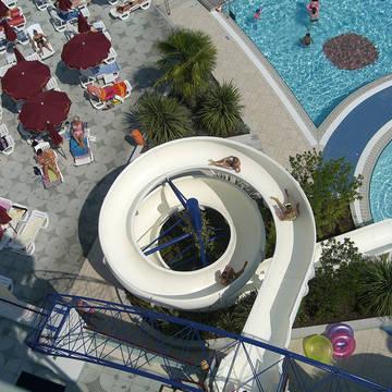 Glijbaan Villaggio Planetarium Resort
