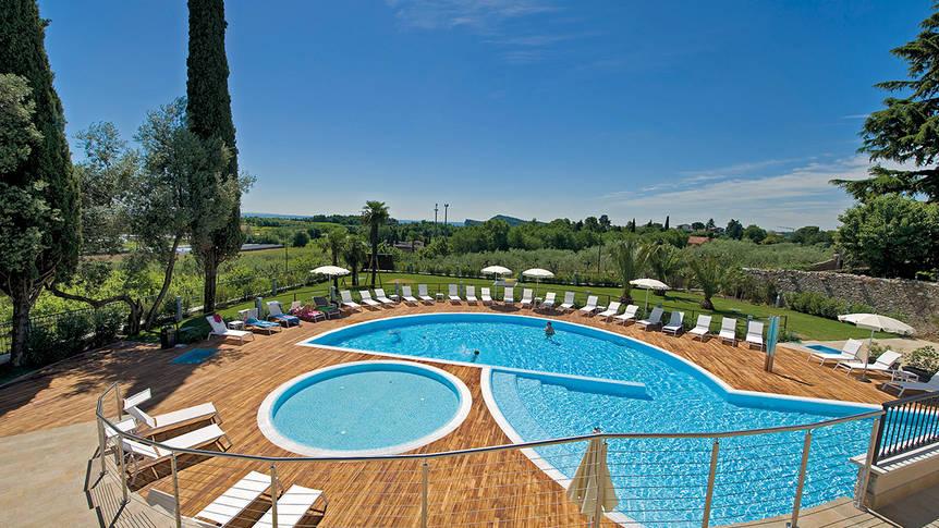 Zwembad Hotel Villa Luisa Resort & Spa