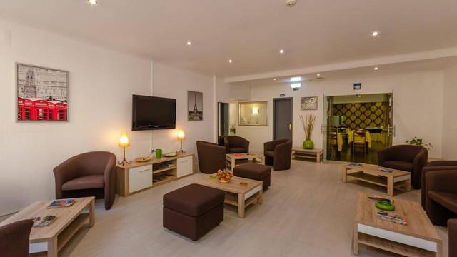Lounge Hotel Dinya Lisbon