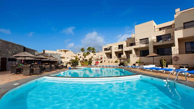 Zwembad Appartementen Blue Sea Costa Teguise Gardens
