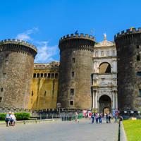 Castel Nuovo op ca. 20 minuten wandelen