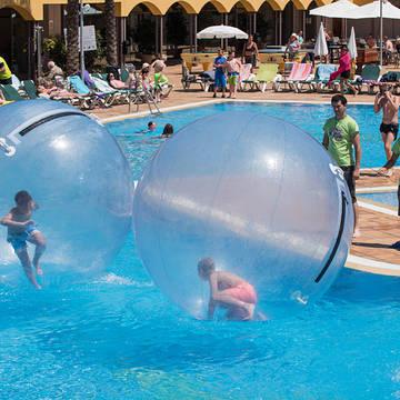 Zwembad Hotel Mediterraneo