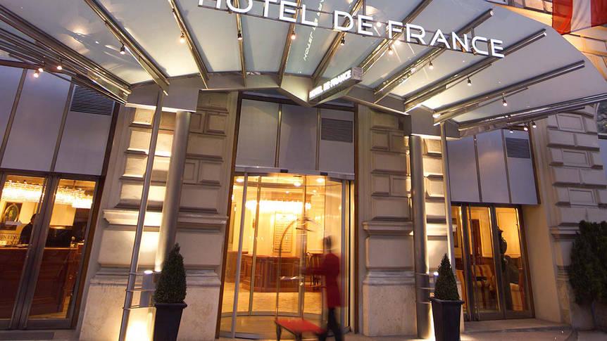 Entree Hotel De France