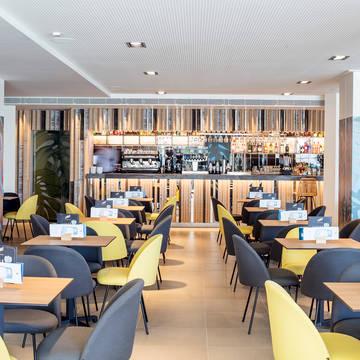 Bar Aqua Hotel Montagut & Suites