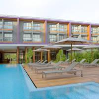 thailand phuket holiday inn express pool