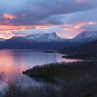 8 daagse fly drive Lapland de Middernachtzon