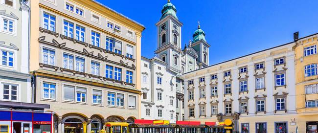Linz, Dom en Main Square