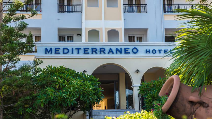 Entree Hotel Mediterraneo