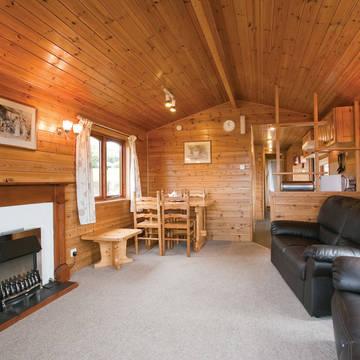 Voorbeeld woonkamer 3-kamerwoning Crowhurst Park Lodges