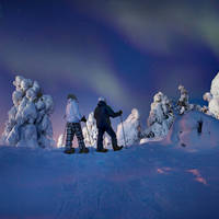 Sneeuwschoenwandeling onder het noorderlicht