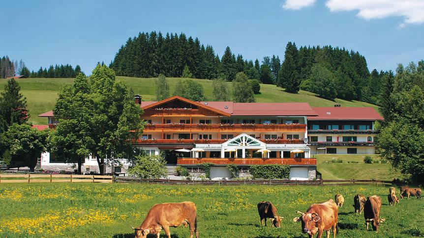 Exterieur zomer Sonnenbichl Hotel Am Rotfischbach