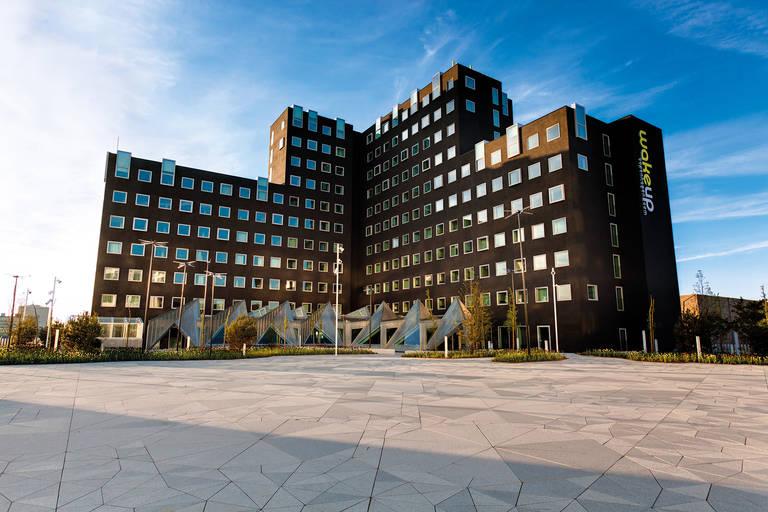 Wakeup Copenhagen, Carsten Niebuhrs Gade