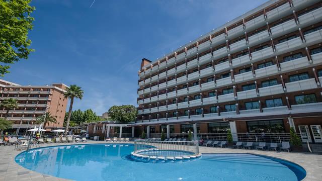 Zwembad Hotel California Garden