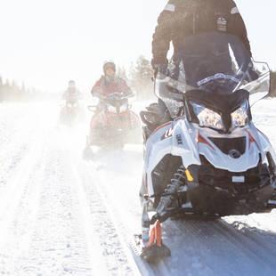 Sneeuwscootersafari - Foto: Lapland Safaris