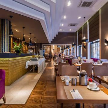 Restaurant Araz Hotel Continental Budapest