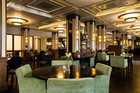 Last minute vakantie Friesland 🚗️Oranje Hotel Leeuwarden