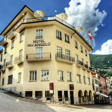 Buitenkant zomer Hotel Dell' Angelo
