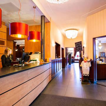 Bastion Hotel Apeldoorn Het Loo - Receptie Bastion Hotel Apeldoorn Het Loo