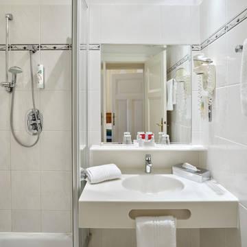 Badkamer Hotel Austria Trend Astoria