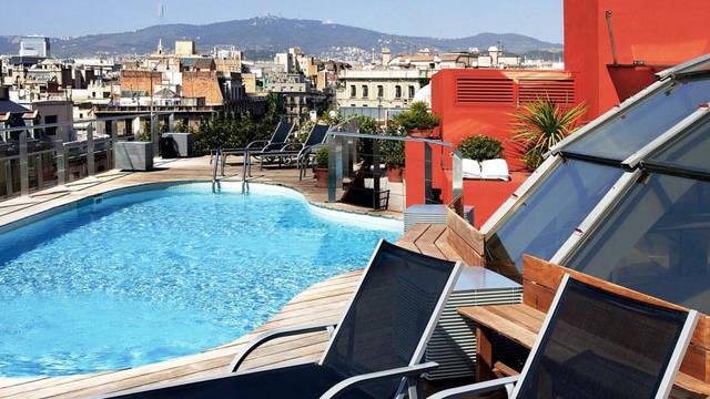 Zwembad Hotel Silken Gran Havana