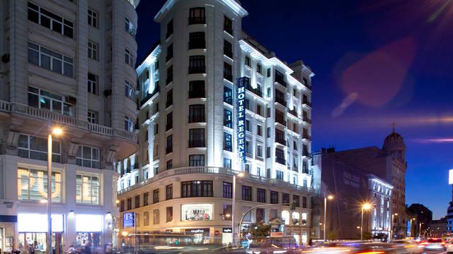 Buitenzijde Hotel Regente