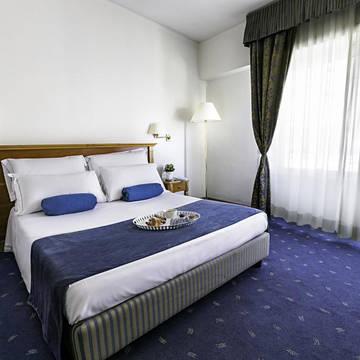 Voorbeeld Superior kamer Hotel Diplomatic