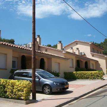 parkeerplaats bij villa Golf Beach Villa's