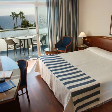 Voorbeeldkamer (gerenoveerd) VIK Hotel San Antonio