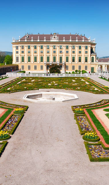 8-daagse busreis of 6-daagse vlieg-busreis Historisch Wenen, Hotel Mozart***