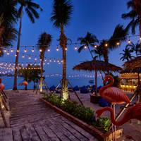 Bandara Phuket Beach Resort - Beach Bar by night