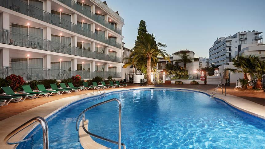 Zwembad Hotel Villa Flamenca