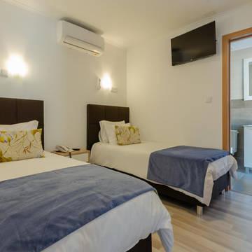 Kamer Hotel Dinya Lisbon