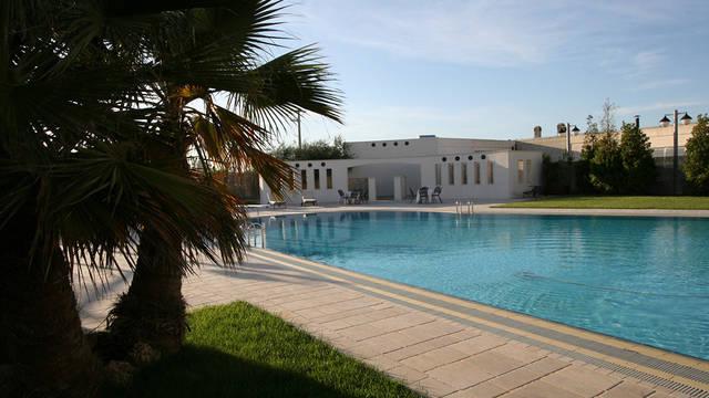 Zwembad met exterieur Grand Hotel La Chiusa di Chietri